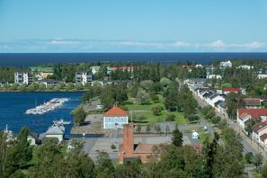 Bílaleiga Raahe, Finnland