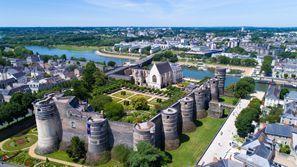 Bílaleiga Angers, Frakkland